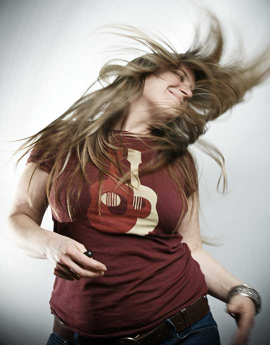 Jenny Allen flinging her hair